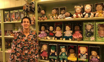 Na 26 jaar sluit de groene speelgoedwinkel De Vliegenzwam
