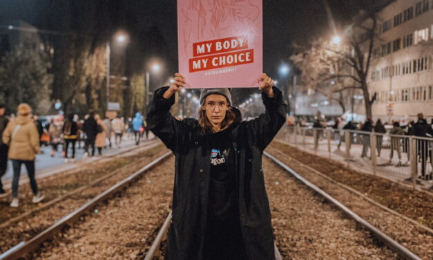 "The attack on abortion rights in Poland: ""We should have the right to choose"""