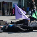 'Play dead' for the climate