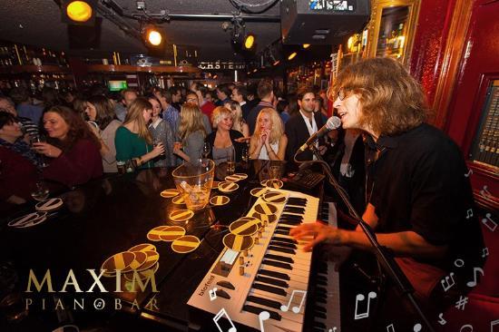 Pianobar Maxim oneens met de Gemeente Amsterdam