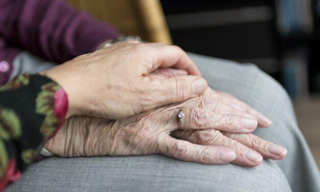Kritiek op het ouderenbeleid