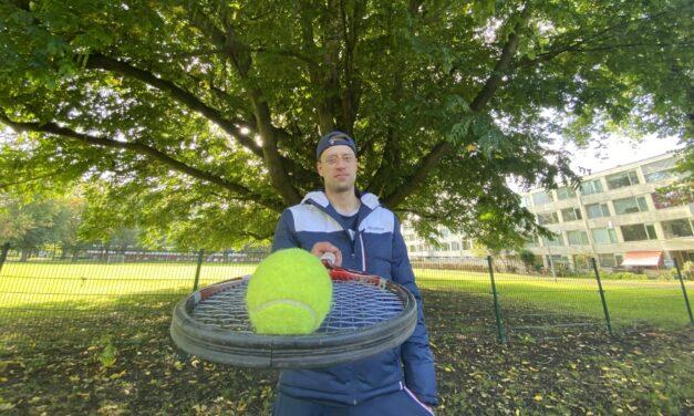 Factcheck: Kreunen tijdens het tennissen, feit of fabel?